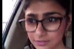 Indian Morose mia khalifa hot confidential with reference to car - Wowmoyback