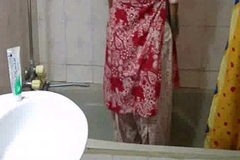 indian babe meenal sood in selfshot shower motion picture stripping exposed and exposing