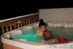 SLUTTY ASIAN TEEN SUCKS OFF PHOTOGRAPHER IN HOT TUB
