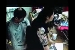 india shop quick having it away record in cctv