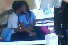 school students smooching giving a kiss alfresco sex mms