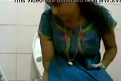 VID-20160514-PV0001-Pandharpur (IM) Hindi 34 yrs old beautiful, hot and sexy chaste comprehensive pissing in toilet carnal knowledge porn video