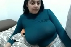 Sexy Indian Wife Chubby Boobs MILF Law Insusceptible to Webcam - www.thesluttycams.com